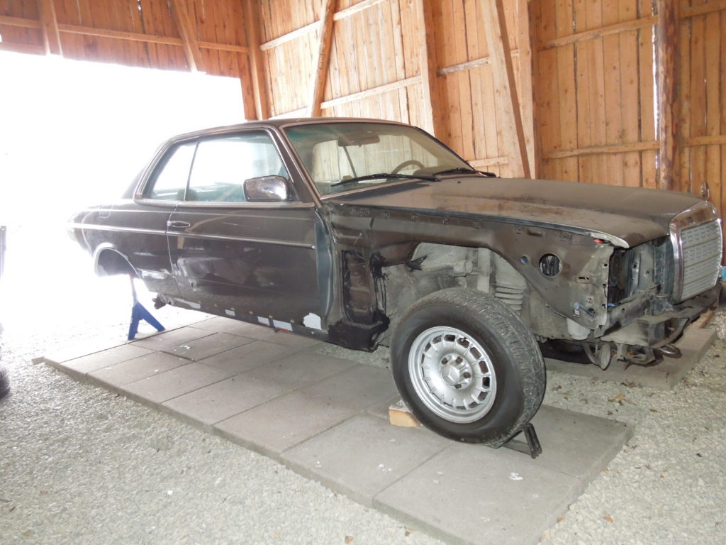 Stripped 280CE front