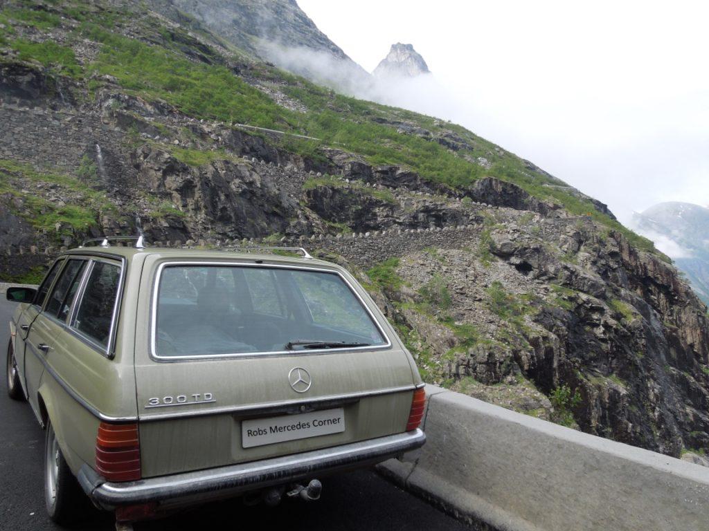 w123 300TD in Trollstigen