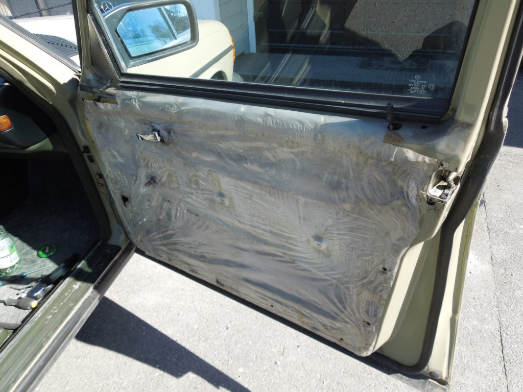 door panel removed w123