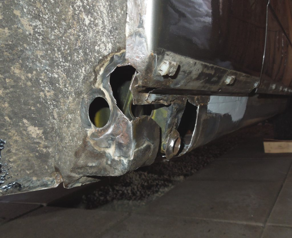 Rear right jack point before weld