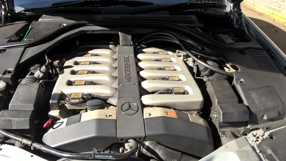 Mercedes Benz S600 W140 Engine