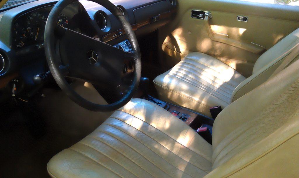 leather interior w123 280CE