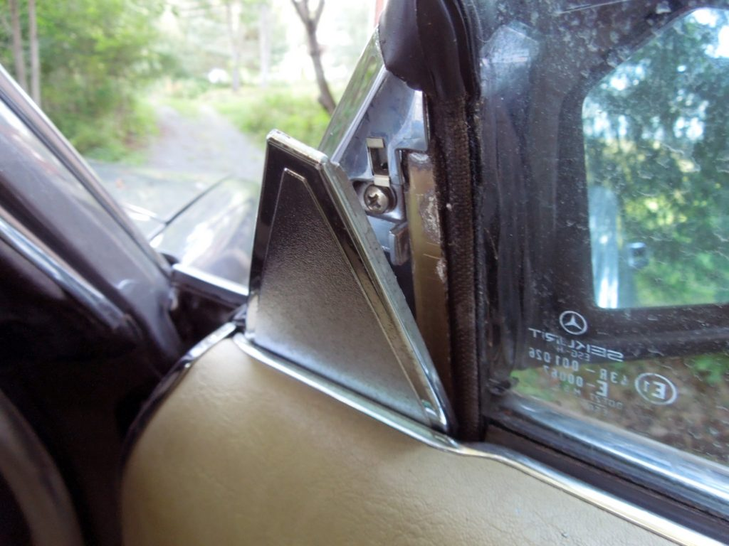 plastic trim for mirror