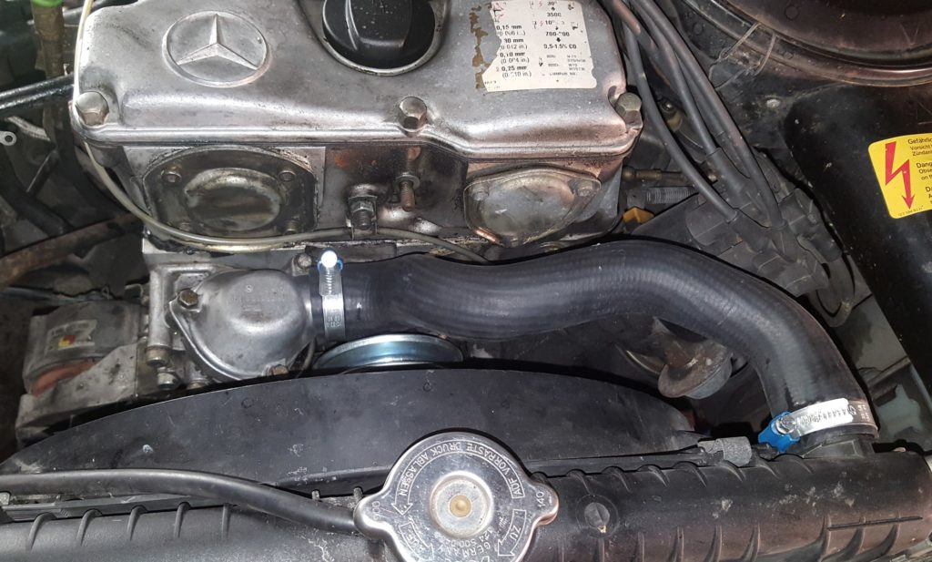 New upper radiator hose w123 M110