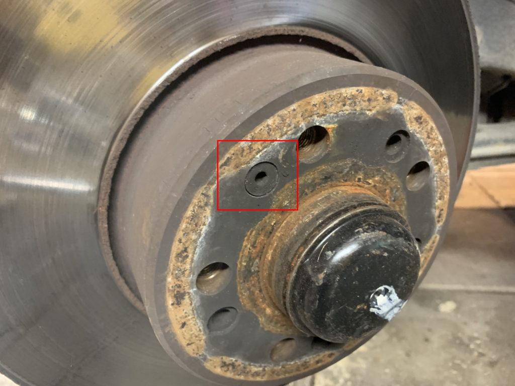 Brake rotor locking nut w140